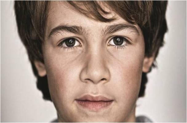 Limmex eignet sich als Notruf-Uhr für Kinder. Im Notfall kann das Kind per Knopfdruck Alarm auslösen und telefonisch Hilfe anfordern